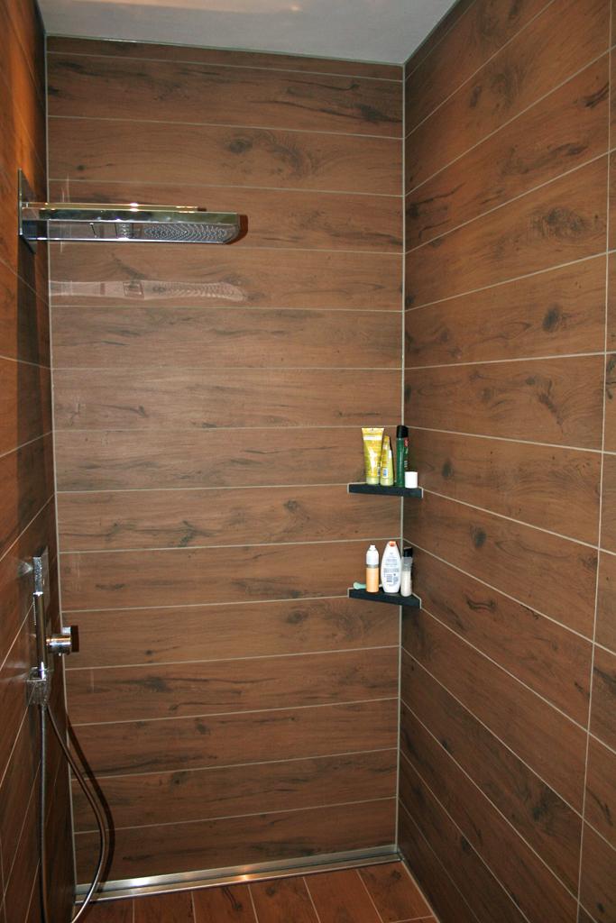 fliesen 20 x 30 fliesen obi golden vein milky white cm x cm designideen spiegel with fliesen 20. Black Bedroom Furniture Sets. Home Design Ideas